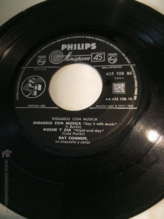 'DÍGASELO CON MÚSICA', DE RAY CONNIFF, SU ORQUESTA Y COROS. AÑO 1960. SIN FUNDA, SÓLO DISCO. (Música - Discos de Vinilo - EPs - Orquestas)