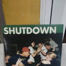 Discos de vinilo: SHUTDOWN / SINGS OF CHANGE / VINILO VERDE / LOST AND FOUND RECORDS 1996. Lote 52847288