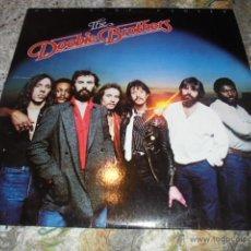 Discos de vinilo: THE DOOBIE BROTHERS --- ONE STEP CLOSER // LETRAS CANCIONES. Lote 52886459