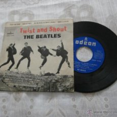 Discos de vinilo: THE BEATLES 7´EP TWIST AND SHOUT + 3 TEMAS (1963) PRIMERA EDICION **BUENA CONDICION**. Lote 52943864