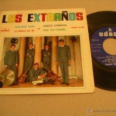Discos de vinilo: LOS EXTRAÑOS EP 45 RPM REMOVIENDO ARENA ODEON ESPAÑA 1964. Lote 53085124