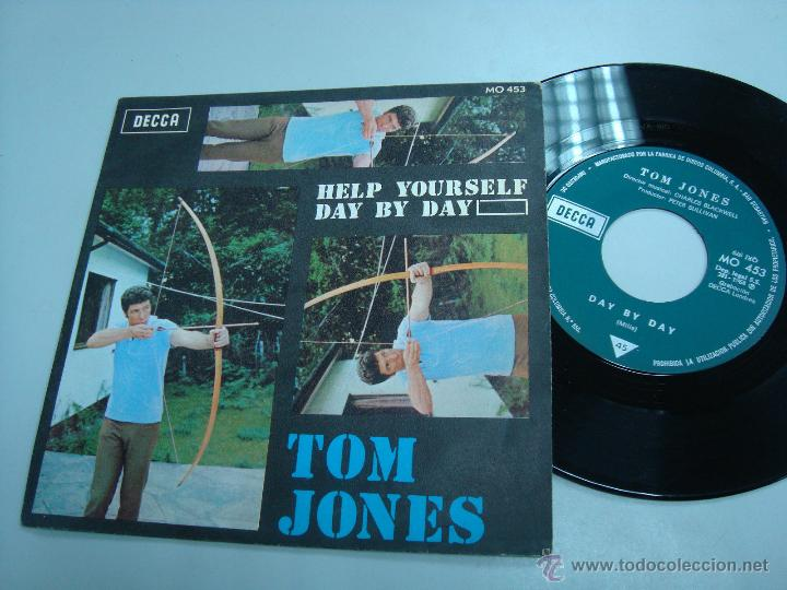 VINILO TOM JONES HELP YOURSELF DAY BY DAY (Música - Discos - Singles Vinilo - Cantautores Extranjeros)
