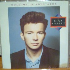 Discos de vinilo: RICK ASTLEY - HOLD ME IN YOUR ARMS -LP 1988. Lote 53262778