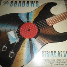 Discos de vinilo: THE SHADOWS - STRING OF HITS LP - ORIGINAL INGLES - EMI RECORDS 1970 - STEREO Y FUNDA INT E.M.I.. Lote 53731894