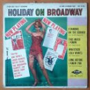 Discos de vinilo: HOLIDAY ON BROADWAY. ENOCH LIGHT & ORCHESTRA. EP. WALDORF MUSIC HALL. MH 45-255. AÑOS 50. USA.. Lote 54146577