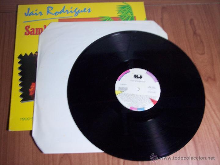 Discos de vinilo: MAXI SINGLE - JAIR RODRIGUES (SAMBA SAMBAO) SPAIN - ARIOLA - 1984 - Foto 3 - 54161198