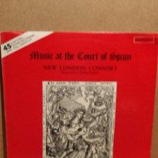 Discos de vinilo: NEW LONDON CONSORT. MUSIC AT THE COURT OF SPAIN. LP / MERIDIAN - 1981. MBC ***/***. Lote 54583351