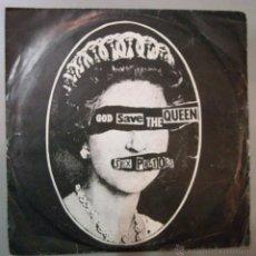 Discos de vinilo: SINGLE SEX PISTOLS GOD SAVE THE QUEEN VINILO EXC- CARPETA VG- . Lote 54716593