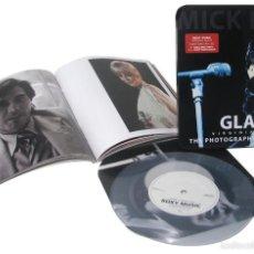 Discos de vinilo: ROXY MUSIC * BOX CON LIBRO GLAM + SINGLE VINILO + CAJA METÁLICA * LIMITED EDITION * PRECINTADO!!. Lote 194255481