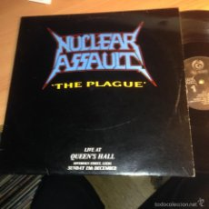 Discos de vinilo: NUCLEAR ASSAULT (THE PLAGUE. LIVE AT QUEEN'S HALL) LP UK 1987 UNOFFICIAL (VIN21). Lote 55107098