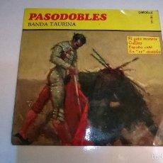 Discos de vinilo: PASODOBLES.BANDA TAURINA.EL GATO MONTÉS.EP.ESPAÑA 1967.PALOBAL.. Lote 55321328