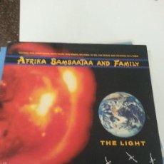 Discos de vinilo: AFRIKA BAMBAATA AND HIS FAMILY THE LIGHT 1988. Lote 55343500