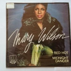 Discos de vinilo: MARY WILSON (THE SUPREMES) - RED HOT / MIDNIGHT DANCER (1981). Lote 55811403
