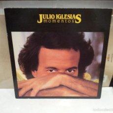 Discos de vinilo: LP JULIO IGLESIAS MOMENTOS AÑO 1982 VER FOTOS. Lote 56232479