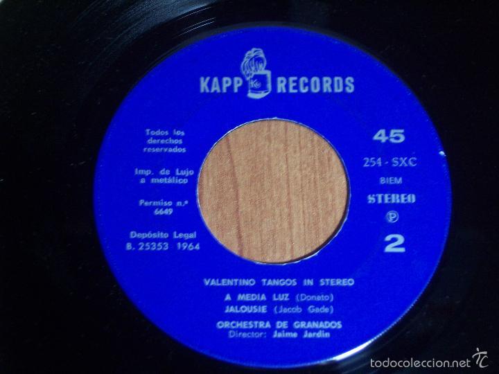 Discos de vinilo: SINGLE VALENTINO TANGOS IN STEREO (LA CUMPARSITA / CAMINITO / A MEDIA LUZ / JAULOUSIE) KAPP-1964 - Foto 4 - 56268203