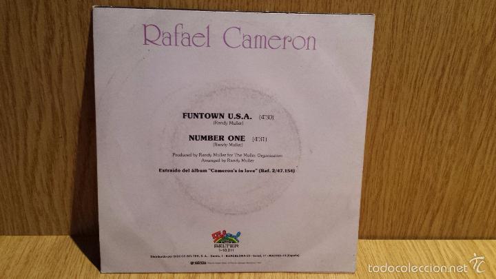 Discos de vinilo: RAFAEL CAMERON. FUNTOWN U.S.A. SINGLE / SALSOUL RECORDS - 1981 / CALIDAD LUJO. ****/**** - Foto 2 - 56481153