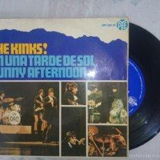 Discos de vinilo: THE KINKS EP EN UNA TARDE DE SOL + 3 (HPY 337-31.1966). Lote 129198208