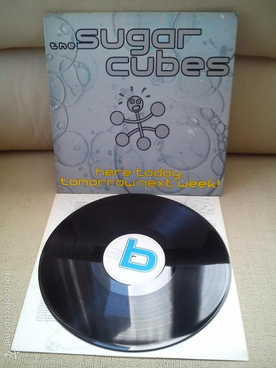 Discos de vinilo: THE SUGAR CUBES -HERE TODAY, TOMORROW NEXT WEEK!- (1989) LP DISCO VINILO - Foto 2 - 155264986