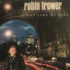 Discos de vinilo: DISCO LP ROBIN TROWER IN THE LINE OF FIRE DEL AÑO 1981. Lote 56982805