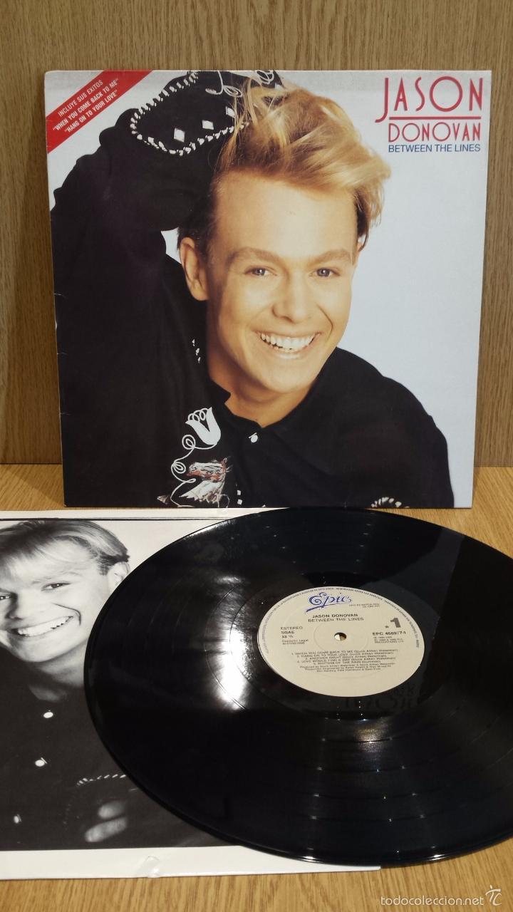 JASON DONOVAN. BETWEEN THE LINES. LP / EPIC - 1990 / MBC. ***/*** (Música - Discos - LP Vinilo - Pop - Rock Extranjero de los 90 a la actualidad)
