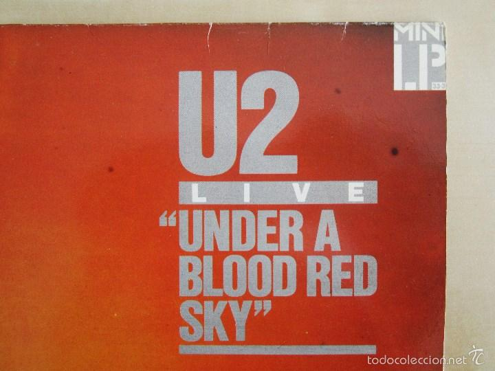 Discos de vinilo: U2 - LIVE UNDER A BLOOD RED SKY - MINI ALBUM VINILO ORIGINAL 1983 PRIMERA EDICION ISLAND - Foto 3 - 57168106