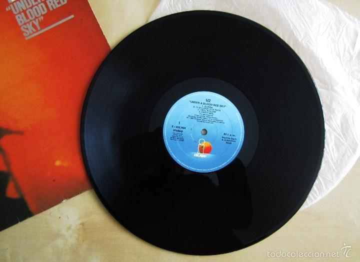 Discos de vinilo: U2 - LIVE UNDER A BLOOD RED SKY - MINI ALBUM VINILO ORIGINAL 1983 PRIMERA EDICION ISLAND - Foto 7 - 57168106
