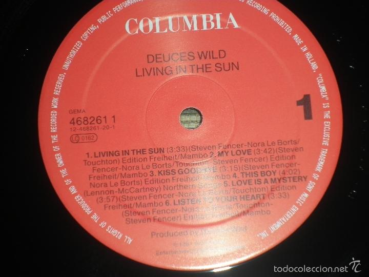Discos de vinilo: DEUCES WILD - LIVING IN THE SUN LP - ORIGINAL HOLANDES - COLUMBIA 1991 CON FUNDA INT. ORIGINAL - Foto 13 - 57340831