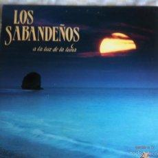 Discos de vinilo: LP DOBLE-LOS SABANDEÑOS-A LA LUZ DE LA LUNA. Lote 57402666