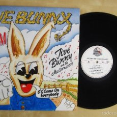 Discos de vinilo: JIVE BUNNY AND THE MASTERMIXERS - THE ALBUM - VINILO ORIGINAL 1989 MUSIC FACTORY. Lote 57566875