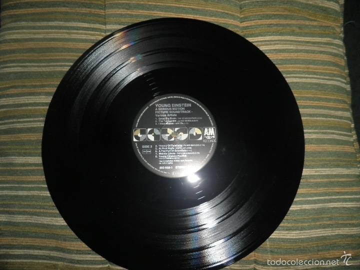 Discos de vinilo: YOUNG EINSTEIN B.S.O. LP - ORIGINAL ALEMAN - A&M RECORDS 1988 CON FUNDA INT. ORIGINAL - - Foto 19 - 57761917