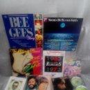 Discos de vinilo: LOTE AÑOS REBELDES 70' LIBRO + VINILOS BEATLES, STONE, BEE GEES + REGALO CASSETTE Y POSTER. Lote 57922724