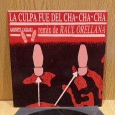 Discos de vinilo: GABINETE CALIGARI. LA CULPA FUE DEL CHA CHA CHA / REMIX. RAUL ORELLANA. MAXI SG / EMI. ***/***. Lote 58449827