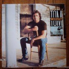 Discos de vinilo: TOM WOPAT - DON´T LOOK BACK . Lote 58477694