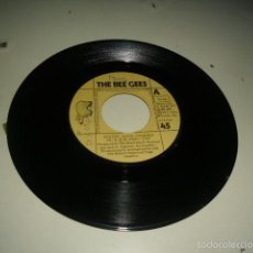 Discos de vinilo: DISCO VINILO CHICO 7 PULGADAS SIN CARATULA SOLO DISCO THE BEE GEES STAYIN SINGLE 1977. Lote 195340918