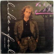 Discos de vinilo: ROBIN GIBB: LIKE A FOOL, SINGLE POLYDOR 883 431-7, SPAIN, 1985. VG+/VG+. Lote 85500284