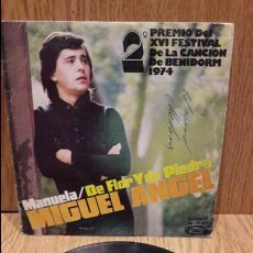 Discos de vinilo: MIGUEL ÁNGEL. MANUELA. BENIDORM 74. SINGLE - MOVIE PLAY - 1974 / MBC. ***/***. Lote 61428063