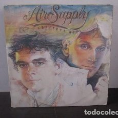 Discos de vinilo: AIR SUPPLY GREATEST HITS LOST IN LOVE SWEET DREAMS Y+ 1983 VINILO LP T27 VG. Lote 62028504