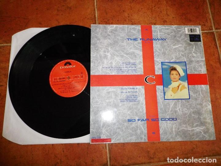 Discos de vinilo: CAROLA The Runaway MAXI SINGLE VINILO ESPAÑA BEE GEES MAURICE GIBB ROBIN GIBB MUY RARO - Foto 2 - 62144432