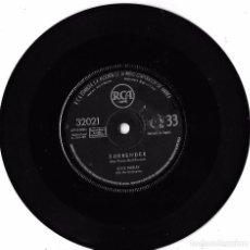 Discos de vinilo: ELVIS PRESLEY: SURRENDER / LONELY MAN - (SIN PORTADA). Lote 63857383