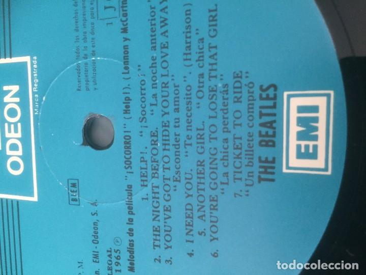 Discos de vinilo: disco de vinilo BEATLES (HELP) año 1965 con portadiscos para 12 discos de la misma epoca - Foto 3 - 64024259