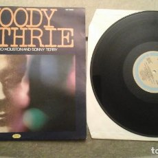 Discos de vinilo: WOODY GUTHRIE WITH CISCO HOUSTON AND SONNY TERRY LP JOKER EDICIÓN ITALIA. Lote 64365395