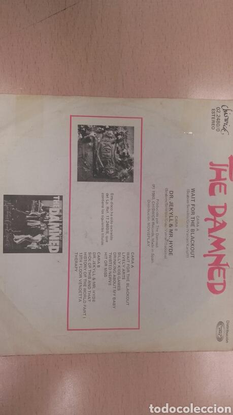Discos de vinilo: The Damned Single Wait For the Blackout / Dr. Jekyll & Mr. Hyde - Foto 2 - 64504991