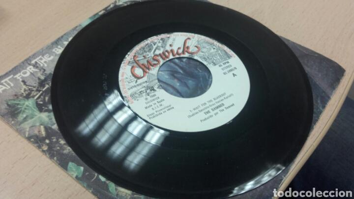 Discos de vinilo: The Damned Single Wait For the Blackout / Dr. Jekyll & Mr. Hyde - Foto 3 - 64504991