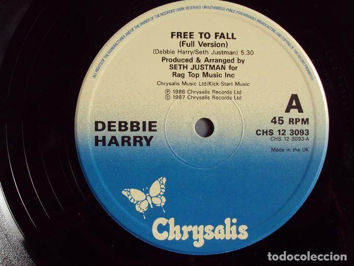 Discos de vinilo: DEBBIE HARRY (BLONDIE) FREE TO FALL, MAXI-SINGLE EDICION MADE IN UK 1987, CHRYSALIS RECORDS - Foto 5 - 66313358