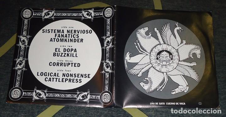 Discos de vinilo: VV.AA. [Corrupted, Cattle Press...] - Uña De Gato Cuerno De Vaca - 2x7 [Tee Pee Records, 1996] - Foto 2 - 66862526