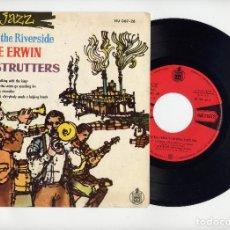 Discos de vinilo: PEE WEE ERWIN AND THE DIXIE STRUTTER CON DICK HEYMAN EP 45 PASEANDO CON EL REY+3. AÑO 1960. Lote 67317433