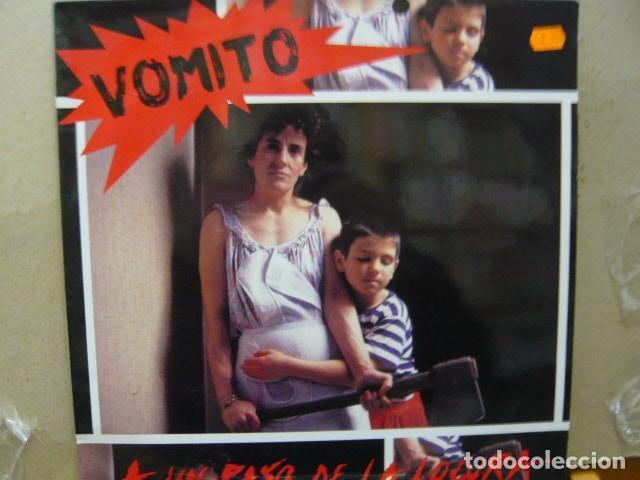 VOMITO. A UN PASO DE LA LOCURA. DISCOS SUICIDAS DS-96 LP 1990 SPAIN (Música - Discos - LP Vinilo - Punk - Hard Core)