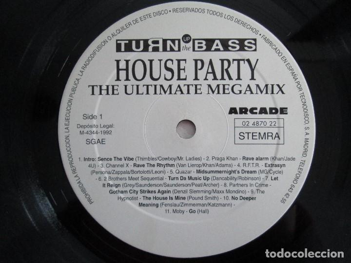 Discos de vinilo: TURN UP THE BASS. HOUSE PARTY. THE ULTIMATE MEGAMIX. DOS VINILOS. ARCADE. VER FOTOGRAFIAS ADJUNTAS - Foto 4 - 68944573