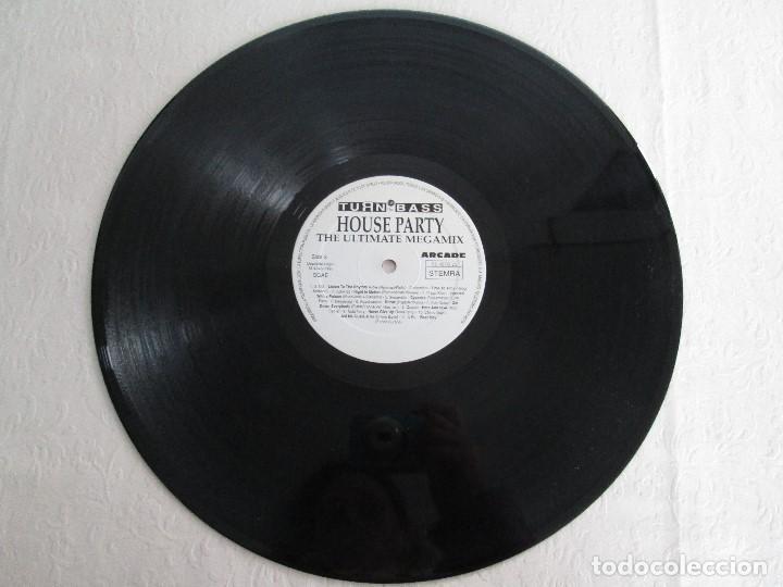 Discos de vinilo: TURN UP THE BASS. HOUSE PARTY. THE ULTIMATE MEGAMIX. DOS VINILOS. ARCADE. VER FOTOGRAFIAS ADJUNTAS - Foto 7 - 68944573