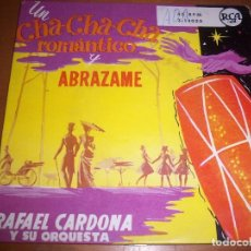 Discos de vinilo: SINGLE DE RAFAEL CARDONA Y SU ORQUESTA, UN CHA CHA CHA ROMATICO. EDICION RCA. RARO.. Lote 69513085